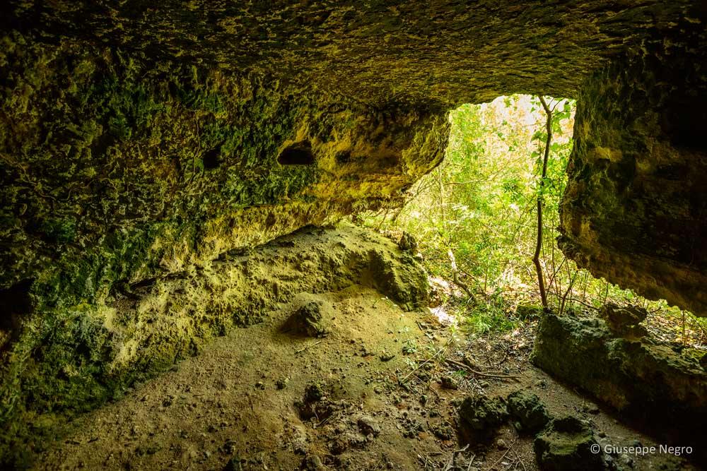 grotta-basiliana